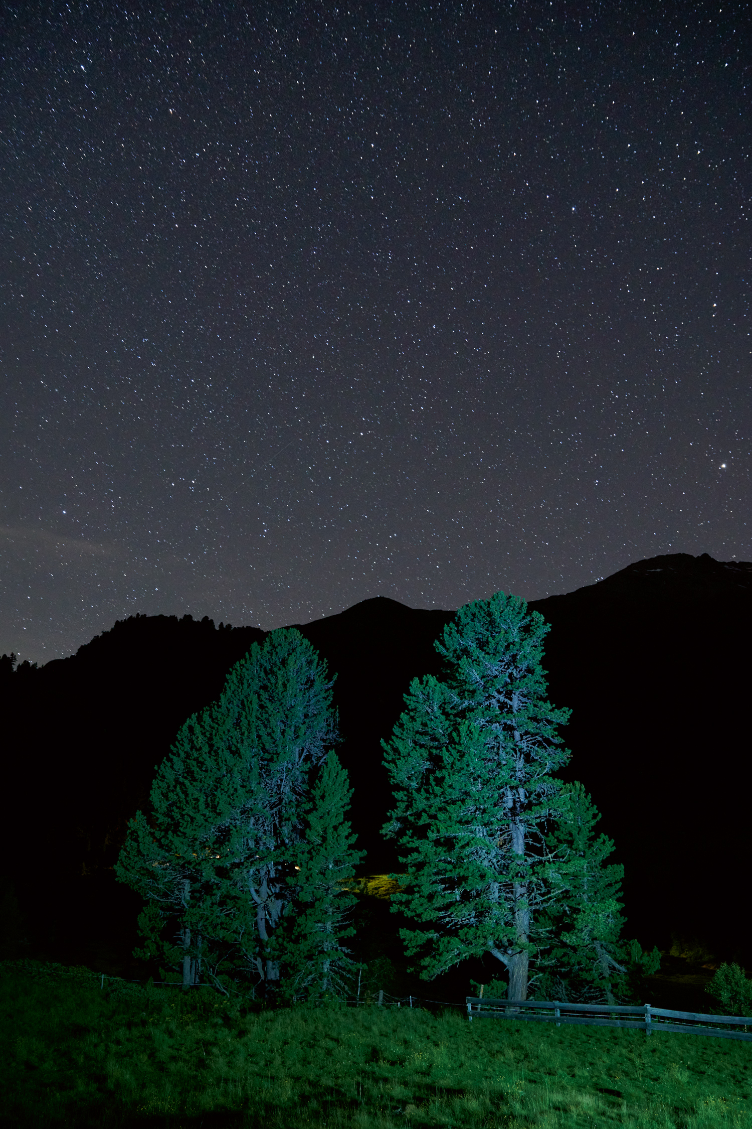<p>Barely 100 stars are visible when gazing into the sky from the outskirts of a city. In the mountains, you cannot only see thousands of stars but also the Andomeda galaxy and space stations.</p>