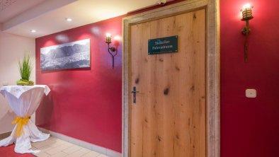 Eingang zum Skikeller, © Hotel Andreas Hofer
