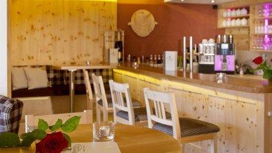Bilder Bar und Frühstücksraum 2012 093
