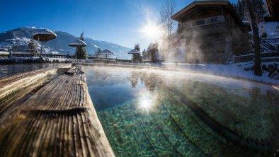 Unser Badeteich im Winter