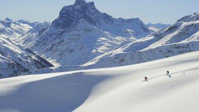 Skifahren_Haus_Adrian, © TVB