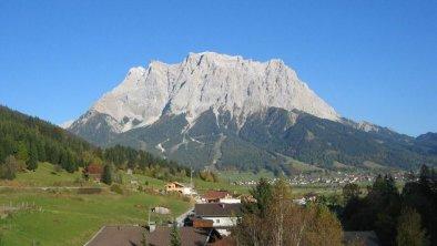 Blick nach Osten (Zugspitze), © Haus Sonnenblume Lermoos
