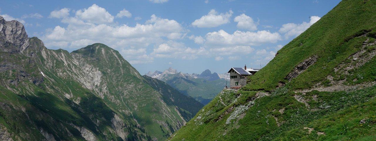 Frederic-Simms-Hütte, © Andy Kiechle