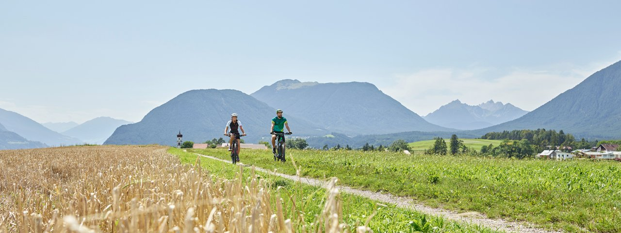 Riding near Arzkasten, © TVB Innsbruck / Christian Vorhofer