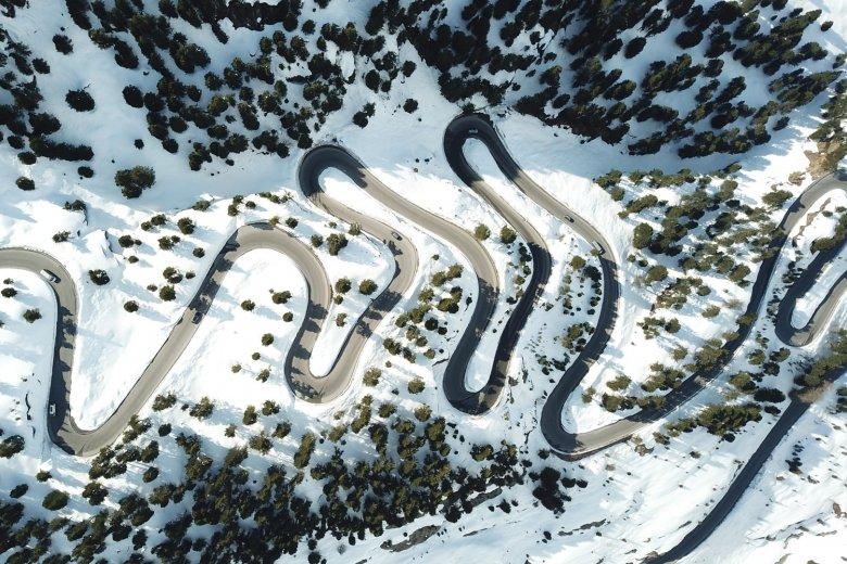 """The """"Schnapsloch"""" section of the Kaunertal Glacier Road. , © Kaunertaler Gletscher"""