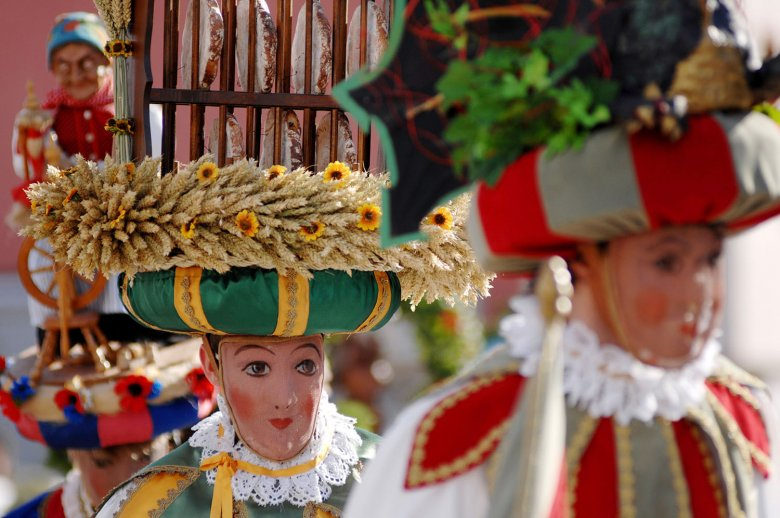 "The ""Telfer Schleicherlaufen"" takes place every five years and is part of the UNESCO Intangible Cultural Heritage."