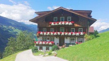 unterlehenhof-zillertal-arena-bauernhof-08-de78e7f