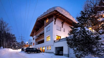 Winter_Landhaus_Moos