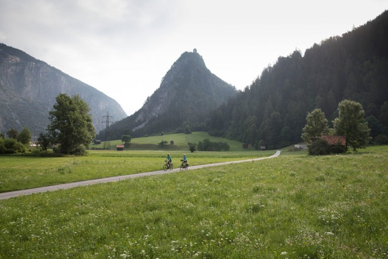 The Inn Cycle Path leads 230 kilometres across Tirol.