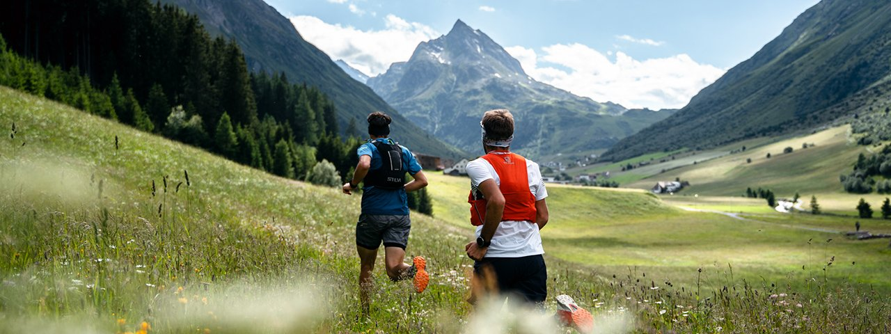 """The """"Paznaun Challenge"""" takes participants across the most beautiful corners of the valley, on two feet or two wheels, © TVB Paznaun - Ischgl"""