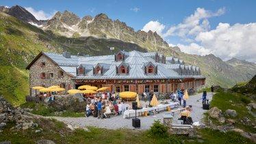 The Jamtalhütte hut in the Silvretta Mountains, © TVB Paznaun - Ischgl
