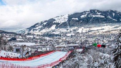 Hahnenkammrennen Kitzbühel nahe der Alpegg Chalets, © Defrancesco