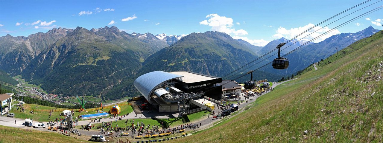 Mid-way station of the Gaislachkogel cable car, © Ötztal Tourismus