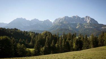 Euregio Maria Pilgrimage Trail 2 leads past the beautiful Wilder Kaiser Mountains., © Tirol Werbung / Jens Schwarz