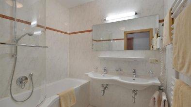 Haus der Mitte Mayrhofen - Badezimmer