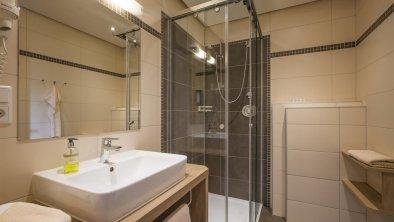 Zimmer 204 Badezimmer
