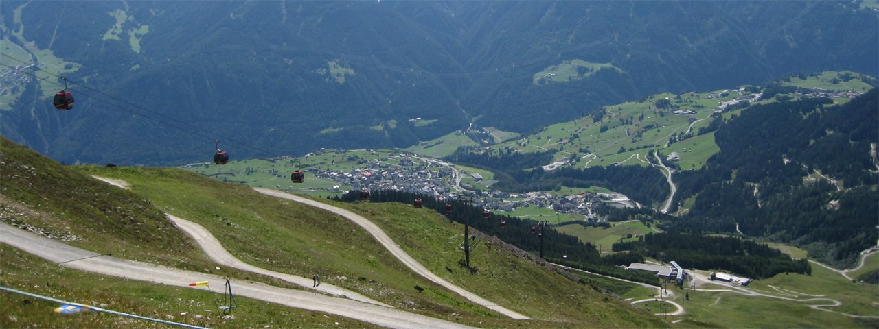 View of Kaunertal Valley and Kaunergrat, © Tirol Werbung