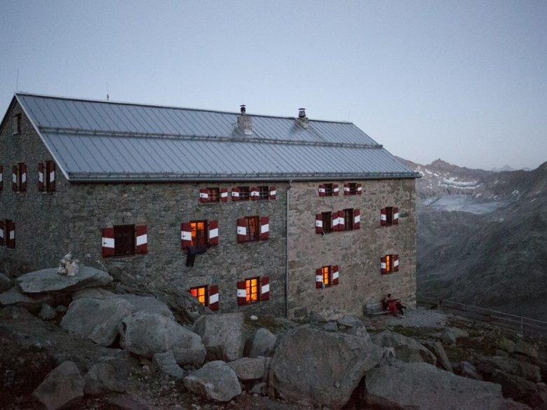 Neue-Prager-Hütte