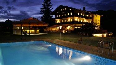 Hotel Hagerhof Thiersee am Abend