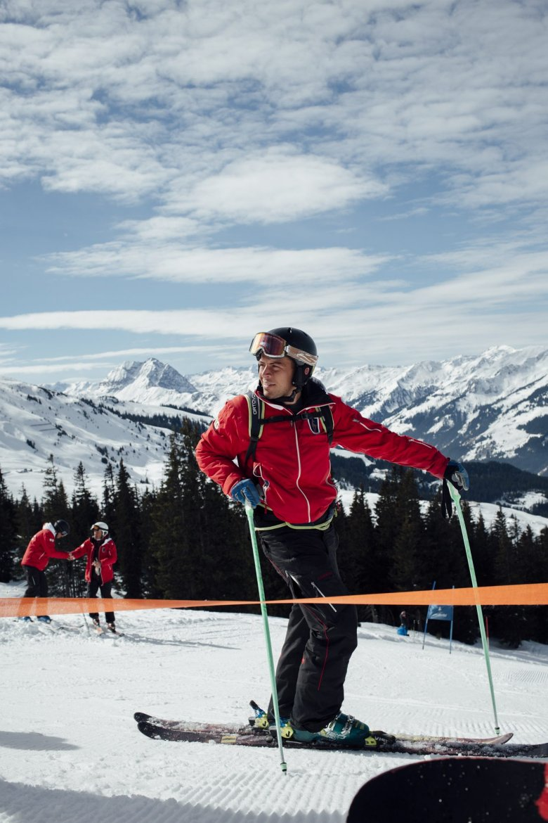 The Tirol ski instruction certification is regarded as the bestin the world and it takes a lot of dedicated training – sometimes many years – to get through. Without flawless technique, fitness, power and precision, you are unlikely to pass Level 4.