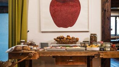 Moderne und Tradition im Frühstücksbereich, © Das Halali