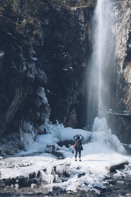 The Lötzer Wasserfall roars down over 30 metres. © Ferienregion Tirol West /Daniel Zangerl