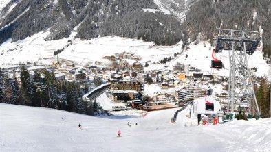 Hotelansicht Winter Panorama
