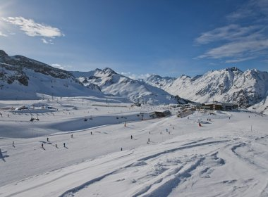 Skiing in Ischgl. Photo: Tourismusverband Ischgl