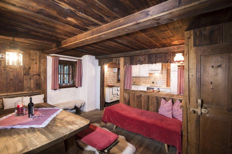 Wohnstube Bischoferhütte © Kostenzer
