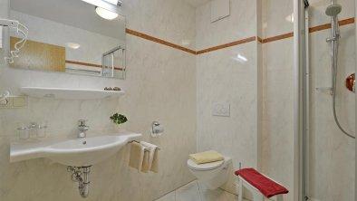 apartments_mayrhofen_amethyst_bath