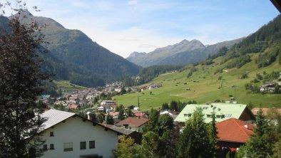 Aussicht Richtung Dorf Sonnenberg