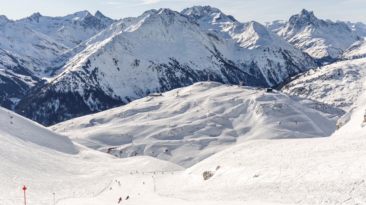 Skiing in St. Anton , © Tirol Werbung / Herbig Hans