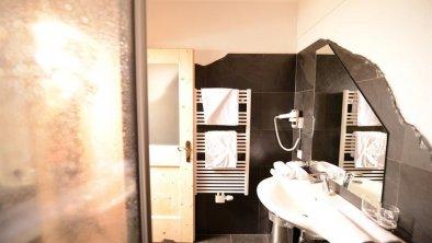 Badezimmer Chalet 4 und 12 Personen