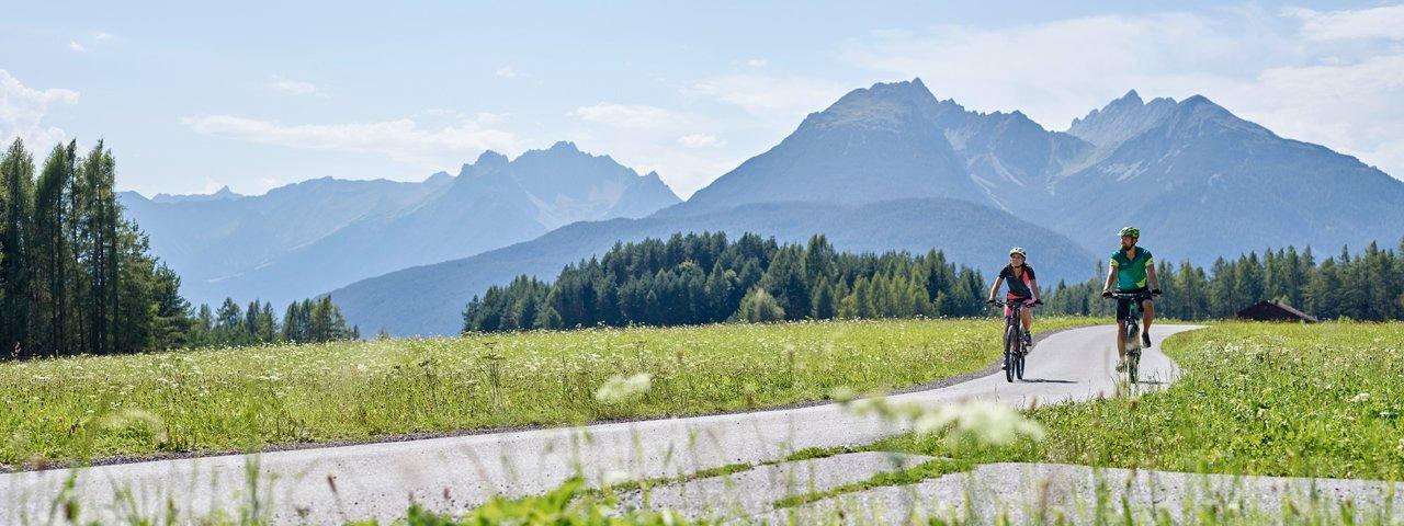 Mountain biking at Mieminger Plateau, © TVB Innsbruck / Christian Vorhofer