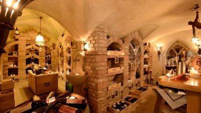 Hotel Almhof**** Hochfügen - Weinkeller