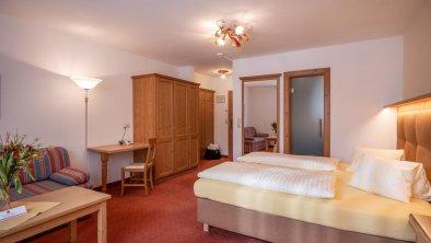 Hotel_Kroneck_Aschauerstrasse_45_Kirchberg_01_2020
