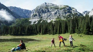 Wandern mit der Familie klein, © Olympiaregion Seefeld