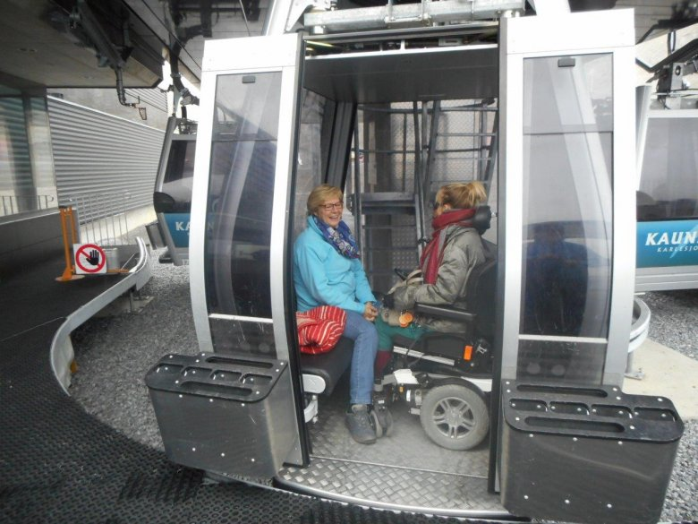 Karlesjochbahn Gondola ensures the glacier is accessible to all visitors—the friendly staff is more than happy to assist.