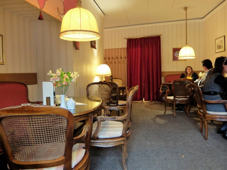 The interior (with wall-to-wall carpeting!) is a bit outdated yet might be en vogue again any day soon… who knows?
