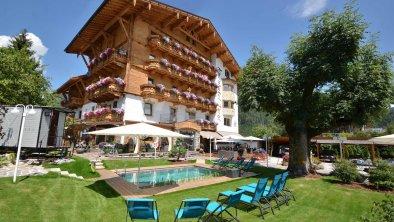 Hotel Tyrol - Außenansicht Sommer