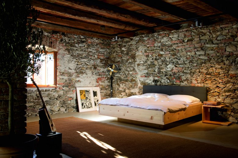 A good night's sleep: Sleeping in a Forcher stone pine bed is particularly restful. ©Forcher
