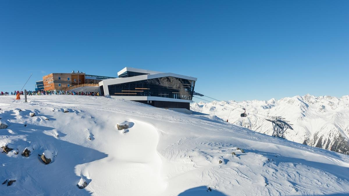 Ischgl is rightly known as one of the best ski areas in Europe. The surrounding Silvretta Arena draws international stars and celebrities every year. Paznaun also has three other resorts ideal for families: Kappl, See and Galtür., © Paznaun-Ischgl