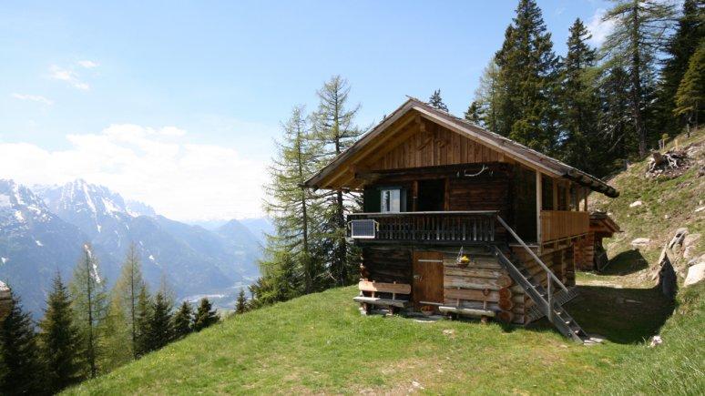 The Luggenalm hut high above Nikolsdorf, East Tirol, © Almliesl