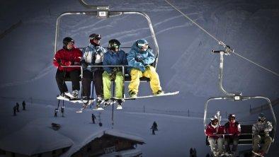 Mayrhofen__26-01-2012__lifestyle__mixed__Roland_Ha