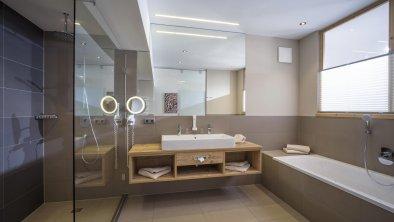 Hotel_Zentral_Kirchberg_02_2019_Suite_Maierl_411_B