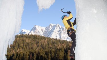 Häselgehr-Eisfall in the Tiroler Zugspitz Arena, © Climbers' Paradise
