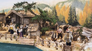 Carved nativity scenes have a long tradition in Tirol, © Tirol Werbung / Michael Grössinger