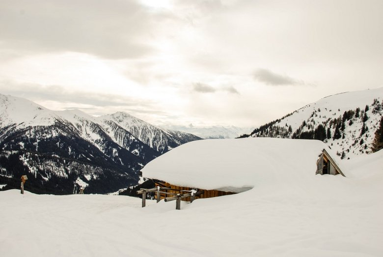 Zehenter Alm all blanketed in white…