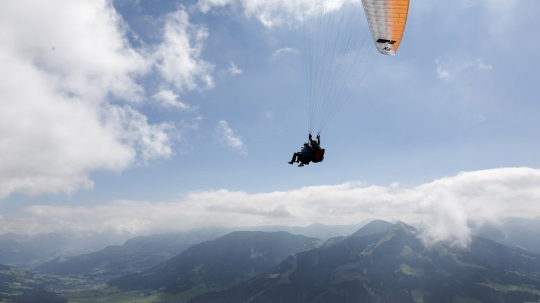 Paragliding at the Hohe Salve mountain, © Tirol Werbung/Paul Kranzler