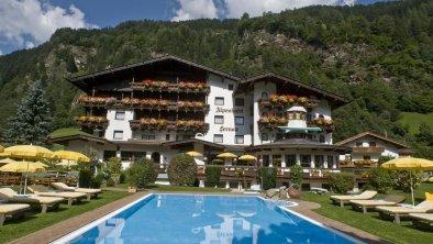 Alpenhotel Fernau Neustift Aussenansicht